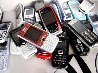 """Люди """"устали""""  покупать мобильники"""
