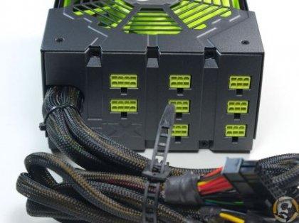 Блок питания 850W Black Edition от XFX