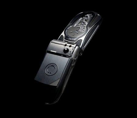 Celsius X-VI-II Papillon – дорогой телефон с аналоговыми часами