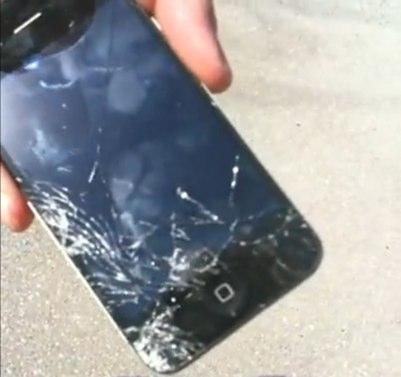 iPhone 4: первые проблемы